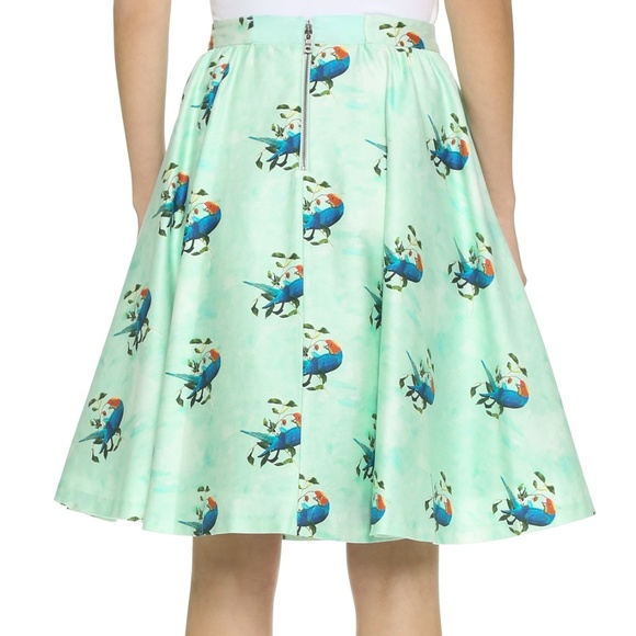 Alice + Olivia Dresses & Skirts - NWT Alice + Olivia Parrots in Paradise Skirt